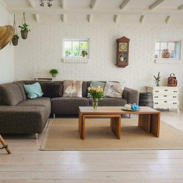 הדרך לבית מושלם עוברת דרך ספות מעוצבות לסלון